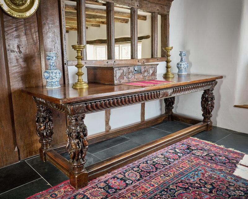 Elizabeth I walnut table