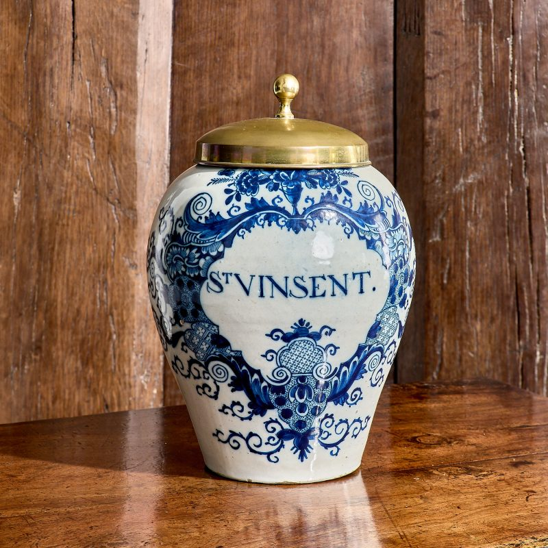 Delftware tobacco jar
