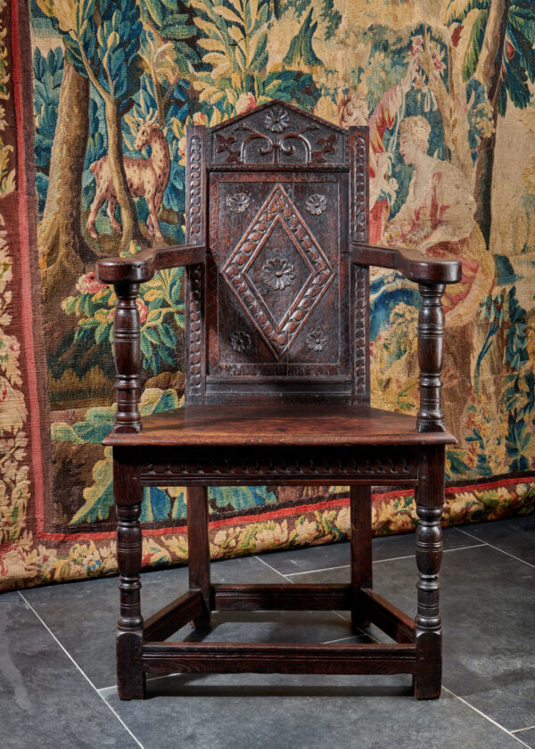 James I Salisbury caquetoire armchair