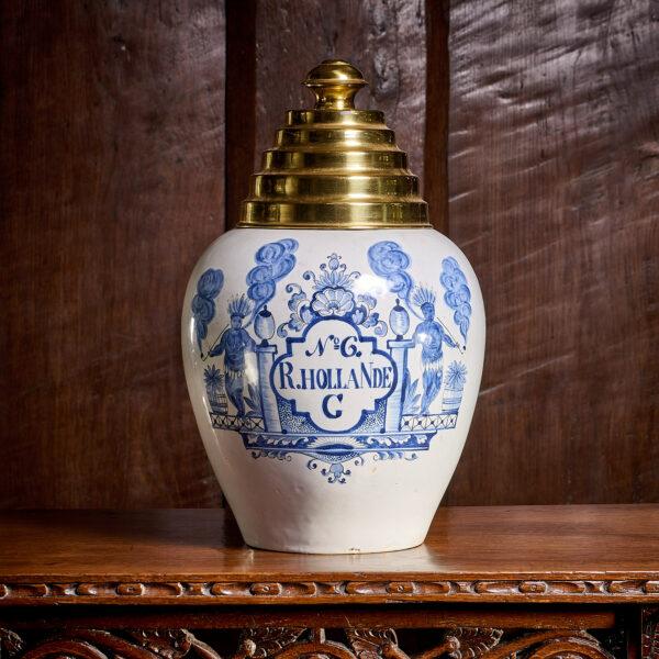18th century Delftware tobacco jar